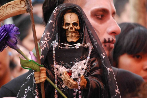 2. La santa muerte