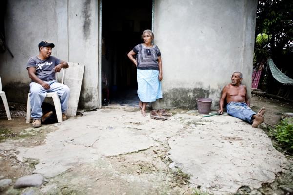 7. Después de tres días, Leoncio llega a Santo Domingo, Oaxaca, con su familia.